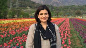 Nidhi Razdan Biography in Hindi